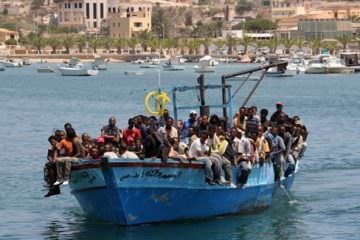 refugees-in-lampedusa