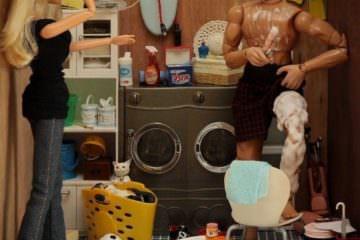 """Viaggio in un universo senza censura: i """"bad toys"""" di Mariel Clayton"""