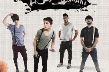 """LI SCORDI DOMANI """"Siete quattro persone completamente diverse: c'è Stefano, il belloccio (il bassista); c'è Luca (il chitarrista) che ha un viso molto dolce"""
