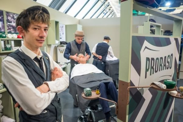 proraso-barber-shop-pitti-87-004-Large-620x413
