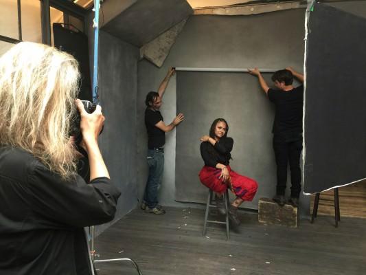 ava-duvernay-behind-the-scenes-annie-leibovitz-pirelli-calendar-photo-shoot-2016-1