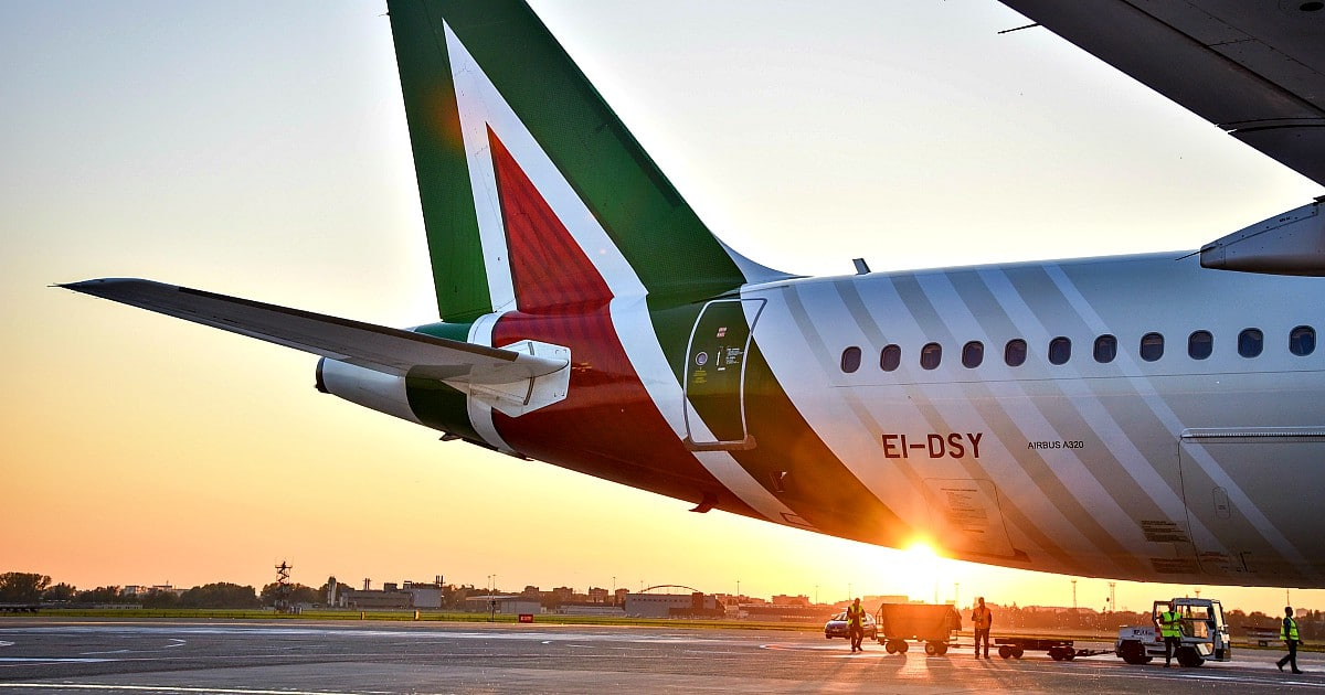 ALITALIA COME UNA SERIE TV